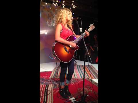 Tori Kelly - Unbreakable Smile (new song)