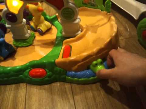 Fisher price amazing animals musical zoo