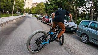 DRIFT BIKE Elektrikli Bisikletle Yanlamak Lastik Yakmak Sıfır Çizmek
