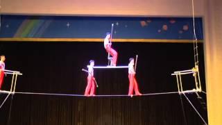 Цирковое представление. КНДР, сентябрь 2014 года(Спасибо Georgi Mateev за оригинал видео North Korea tour September 2014., 2015-03-23T09:10:31.000Z)