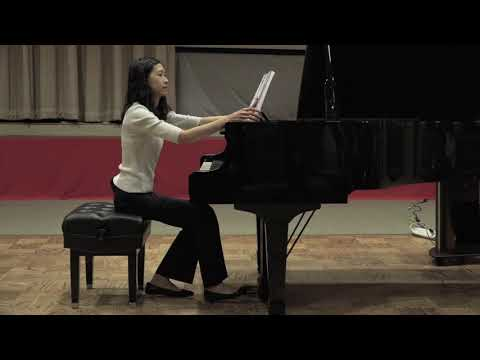 "From ""Catalogue des Oiseaux"" (Messiaen) - Amber Liao, piano"