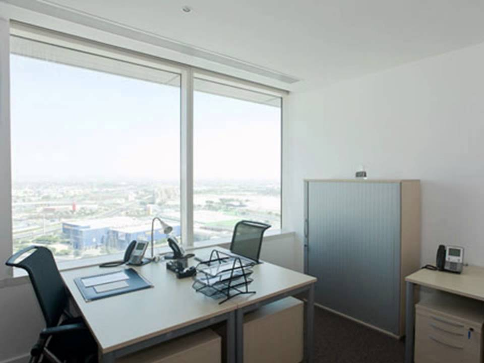 Dubai office space for rent - Serviced offices at Festival Tower ...