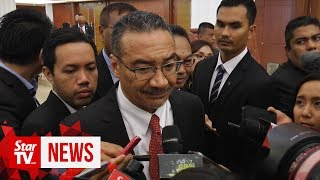 Pakatan scared of their own shadow, says Hishammuddin