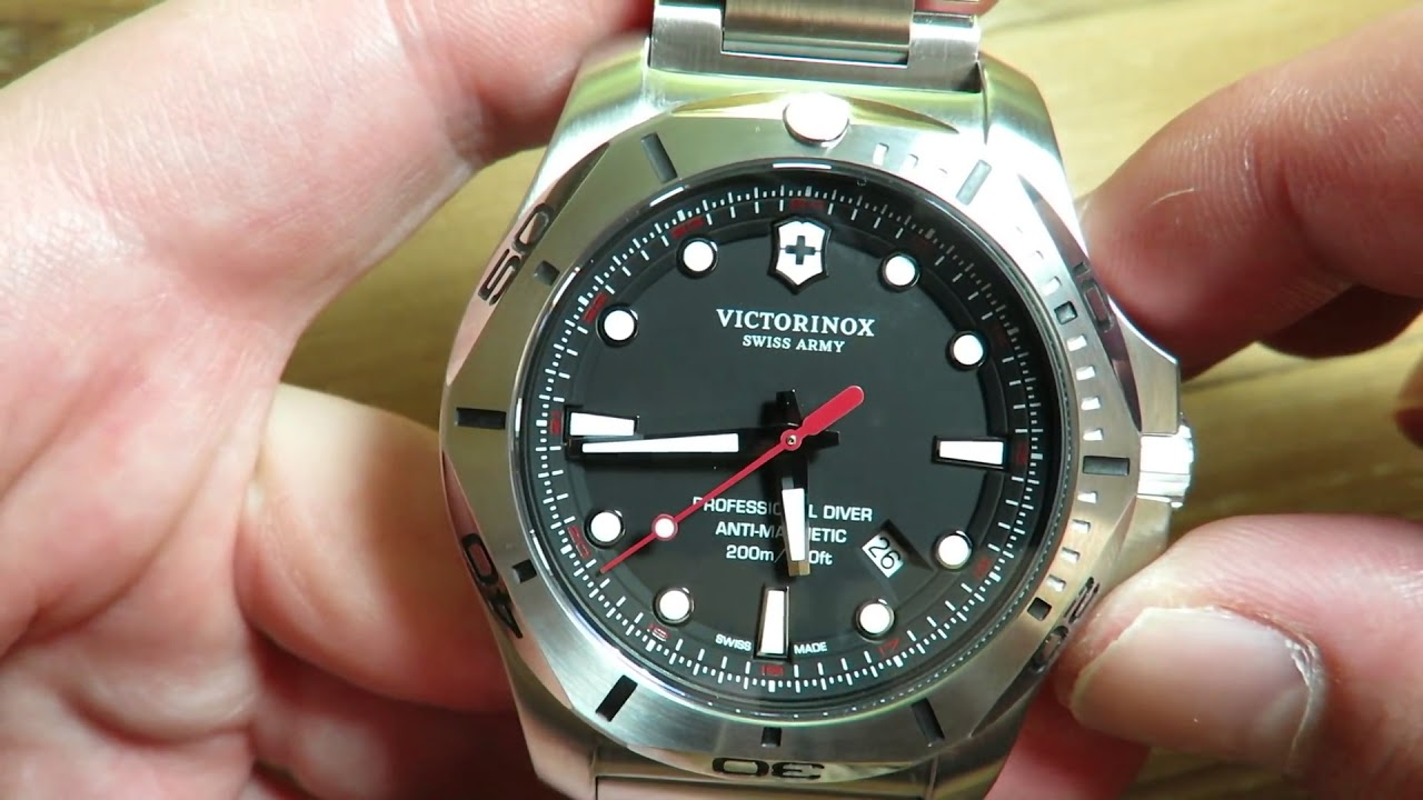 Victorinox INOX Professional Diver 200M Watch Review Tough Diving ... 9763b021c