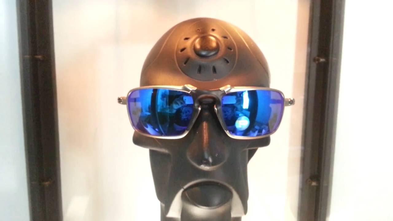 e8199d5ed Oculos oakley badman plasma sapphire polarized - YouTube