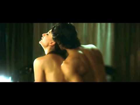 Kareena Kapoor Hot Scene In Heroine Movie HD