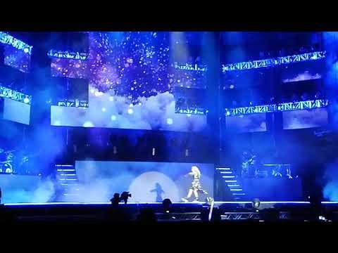 Caída de Karol Sevilla de Soy Luna en concierto La Paz - Bolivia