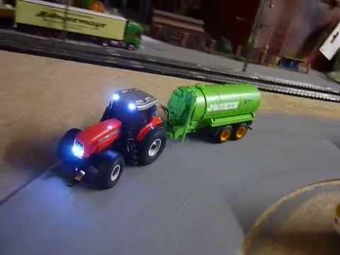 faller car system traktor massey ferguson mit joskin vakuumfasswagen anh nger und beleuchtung. Black Bedroom Furniture Sets. Home Design Ideas