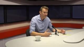 Смотреть видео Навальный на эхо Москвы: про своё убийство и другое (07.08.2017) онлайн