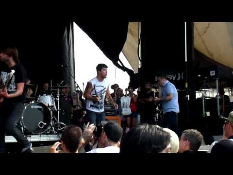 Alexisonfire - Drunks, Lovers, Sinners And Saints @ The Warped Tour 2009 - Mississauga