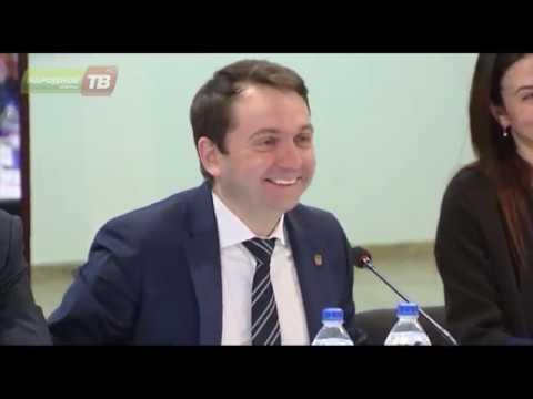 Андрей Чибис встретился с молодёжью региона