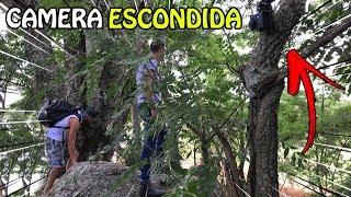 CAMERA ESCONDIDA NA FLORESTA DO HOMEM MASCARADO DE PRETO