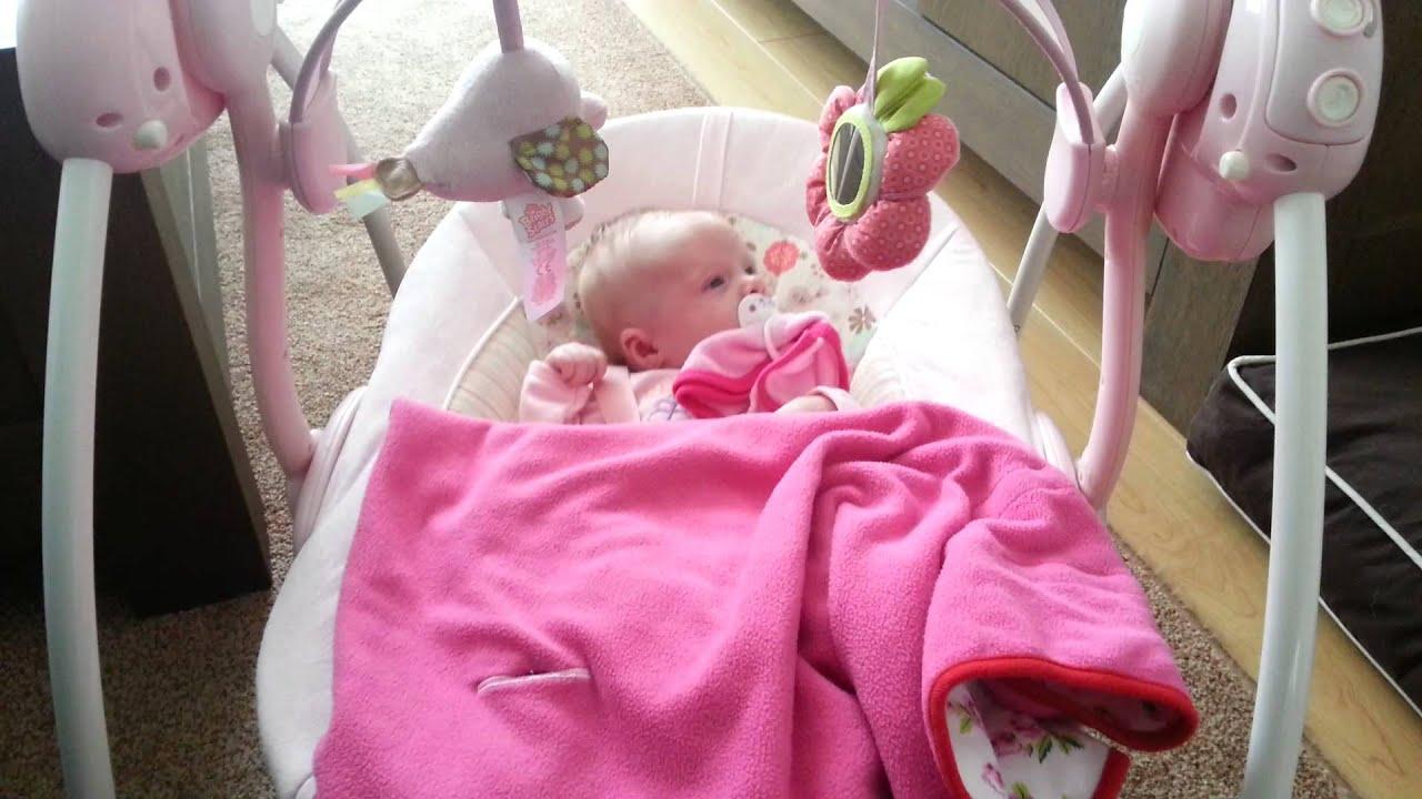 Automatische Wipstoel Baby.Schommel Mp4 Youtube