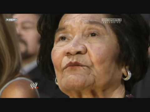 Hall Of Fame 2008 - The Rock Inducts His Family 3/3