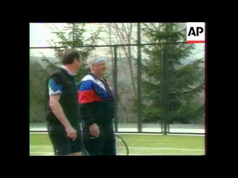 Российская трагедия и позор: алкоголизм Ельцина (13 фото