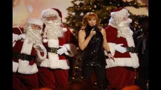 Watch Reba McEntire This Christmas video