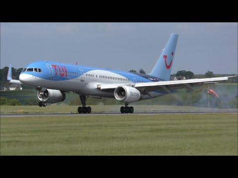 Planes at London Luton Airport, LTN | 14/05/17