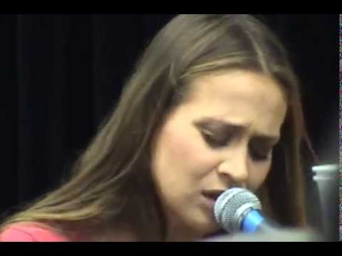 Fiona Apple live at Tower Records