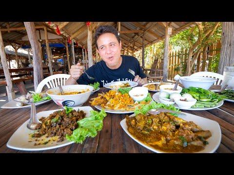 Insane THAI FOOD!!