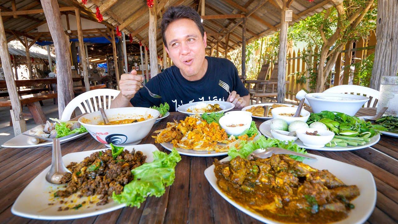 Insane THAI FOOD!! Unbelievable Cooking Skills in Khao Lak, Thailand! 🇹🇭 สุดยอดอาหารใต้