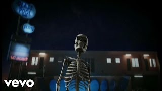 Watch Killers Bones video