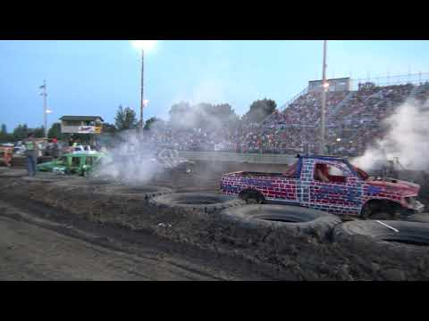 Mandan Demolition Derby 2019 - Dacotah Speedway - Trucks - Part 2