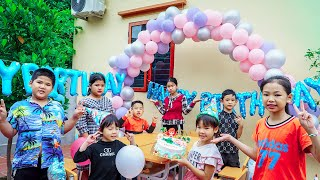 Kids Go To School   Chuns With Friend A Special Party With GATO Cake 2