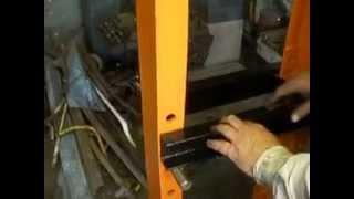 Пресс гидравлический (20 тонн) СВОИМИ РУКАМИ !  (1)(Пресс гидравлический (20 тонн) самоизготовления. Выполнен из прочного каркаса, стол с цилиндром и штоком..., 2014-06-30T21:10:29.000Z)