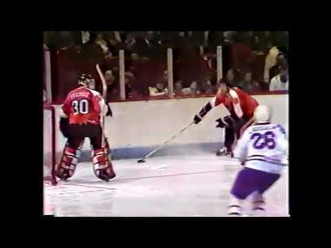 1982 01 16 Guy Lafleur vs Philadelphia Flyers Goal 19 of the Season