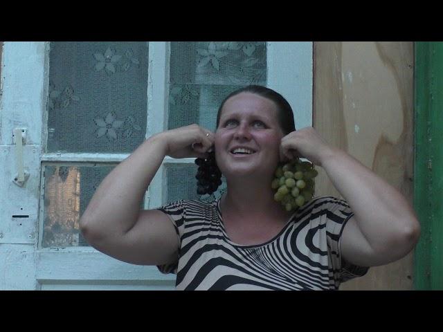 Изображение предпросмотра прочтения – НатальяПолухова читает произведение «Август — астры…» М.И.Цветаевой