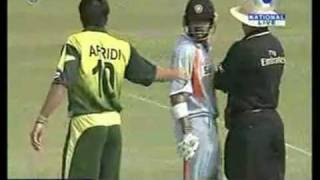 Pakistan India Cricket Fights - Before 2011 World Cup Semifinal - Dawn News TV