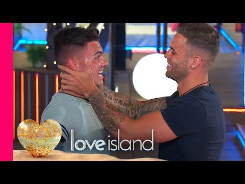 We Love a Game of Dares... | Love Island