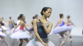 Swan Lake in-the-round: Rehearsal Trailer | English National Ballet