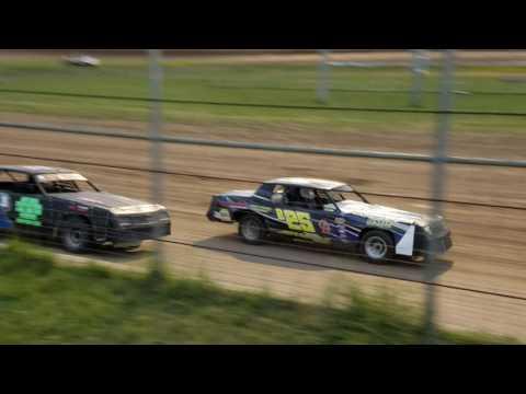 Jakob Egge Racing heat race at Junction Motor Speedway 5/21/16