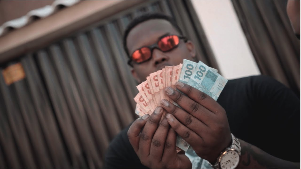 @Dababi212 - Dinheiro de Plástico (Official Video)