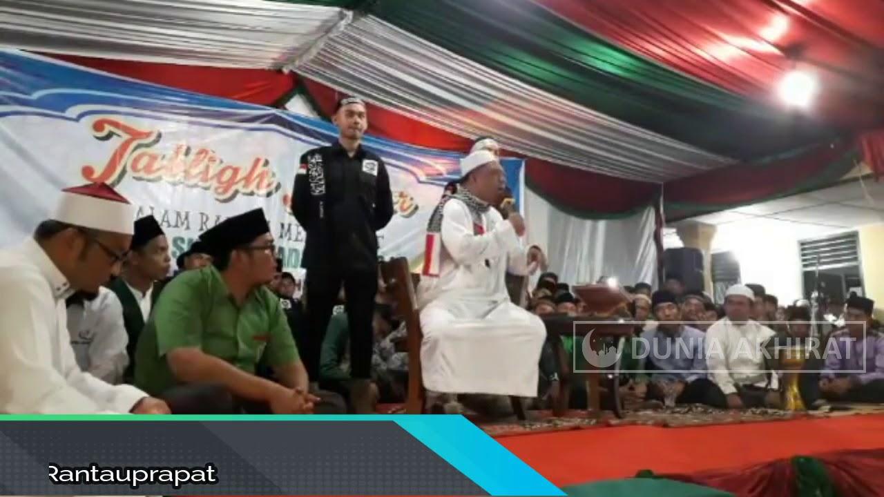 Ust.  Yahya Waloni Di Masjid Agung Rantauprapat