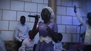 "Damita Haddon - It All Belongs To You (Cover LIVING GOSPEL)""live performance"""