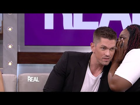 Who's Got Steve Howey's 'American Idol' Vote?