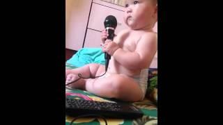 Девочке 8 месяцев