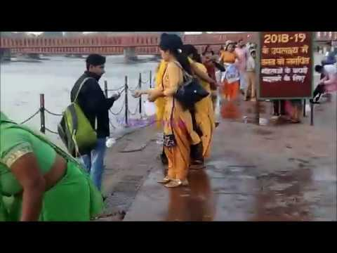 Beautiful Girls-Open Bath at Ganga , Har Ki Paudi, Haridwar
