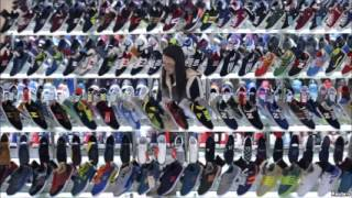 Global Economy Loses Steam as Chinese, European Factories Falter