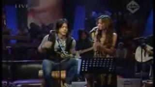 Download lagu peterpan - Membebaniku & Dibalik Awan (eng sub)