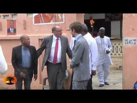 Le président du groupe d'amitié France-Togo, Jean-Yves Le Bouillonnec, était au siège de l'ANC.