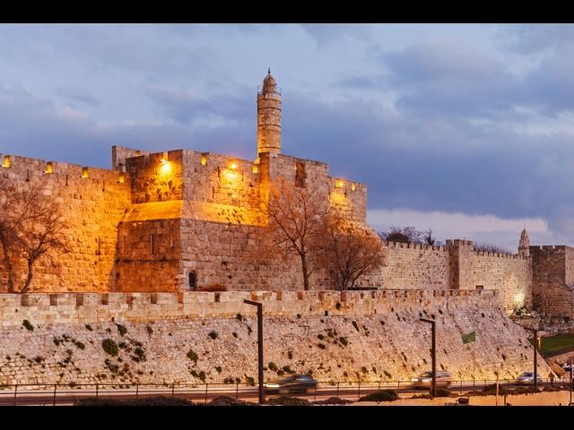 Beten an der Klagemauer zu Coronazeiten