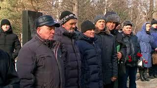 В память о герое. Уссурийцы собрались у могилы Вадима Матюшина, погибшего на афганской войне