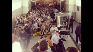 Moscow MASS EVACUATION from subway as DENSE SMOKE from FIRE in METRO station