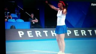 Alize Cornet aces Andy Murray
