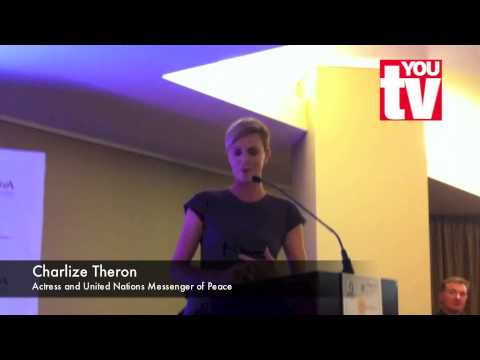 Charlize Theron in South Africa - and she speaks Afrikaans ...