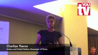 Charlize Theron in South Africa - and she speaks Afrikaans!