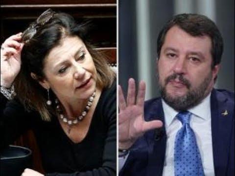 Salvini Bisogna chiudere tutti i porti, marittimi e terrestri. Il PD vs il Capo della Lega